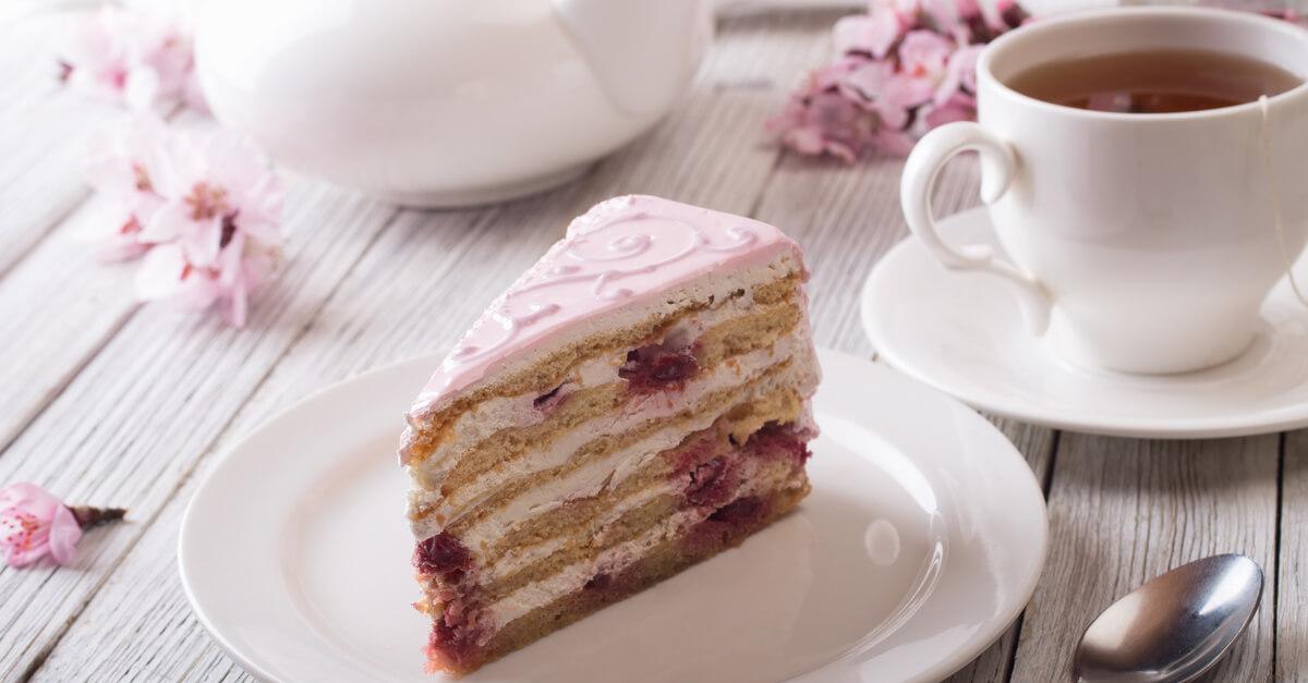 shutterstock-pink-cake-2